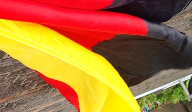 #whpgameon Fähnchen hängt Team #germany