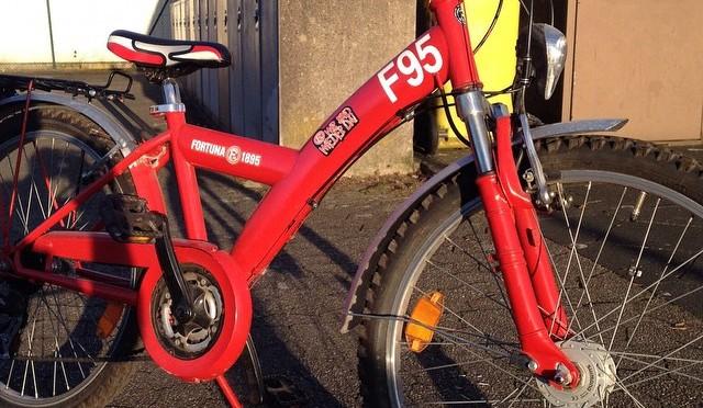 Zu verkaufen: 24″ #F95 #Mountainbike #rot #Fortuna #Düsseldorf VB 95,-